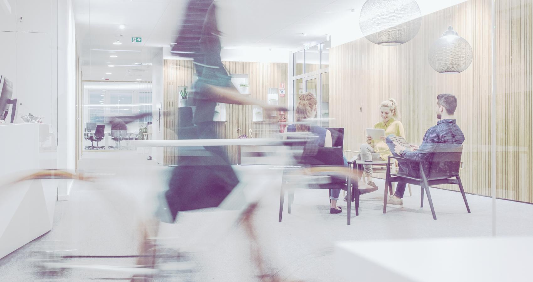Sitzgruppe in einem Design-Büro - InterACT Network